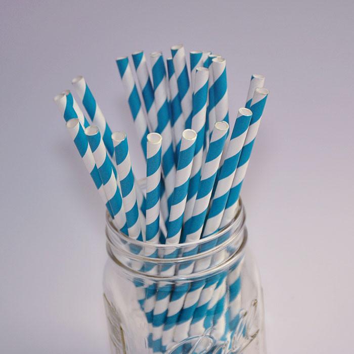 Pailles en papier couleur turquoise