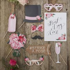 Kit Photobooth Fleuri 10 accessoires pour EVJF